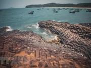 Turistas prefieren playas durante vacaciones por el Día Nacional de Vietnam