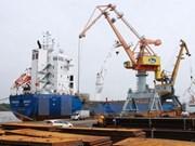 Cree valor de las importaciones y exportaciones de Vietnam en ocho meses