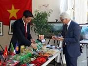 Productos agrícolas de Vietnam presentes en la Feria Internacional de chile en Italia