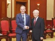 Dirigente partidista de Vietnam llama a promover cooperación con Reino Unido