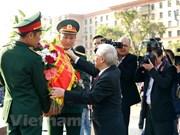 Máximo dirigente partidista de Vietnam rinde homenaje ante Monumento de Ho Chi Minh en Moscú