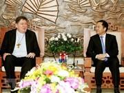 Alto funcionario de asuntos religiosos de Vietnam recibe a prefecto de Vaticano