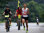 Atletas y aficionados de 17 países participaron en maratón Trang An 2018