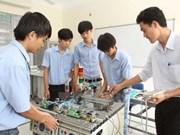 Impulsan promoción de imágenes de centros de formación profesional en Vietnam
