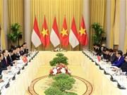 Vietnam e Indonesia acuerdan elevar comercio bilateral a 10 mil millones de dólares