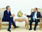 Premier de Vietnam afirma apoyo a actividades del grupo alemán SAP