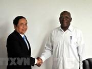 Dirigentes de Cuba confían en potencilidades de cooperación con Vietnam