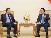 Reino Unido ayudará la construcción de ciudades inteligentes en Vietnam