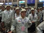 Más de 100 mil trabajadores vietnamitas laboran en el exterior