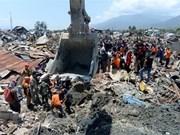Millones de litros de combustible transportados a áreas afectadas por tsunami en Indonesia