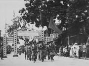 Exposición fotográfica revive celebraciones del Día de Liberación de Hanoi