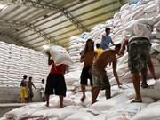 Filipinas levanta barreras a importación de arroz para detener tendencia alcista de precios en el país