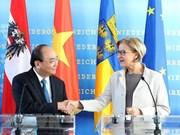 Premier de Vietnam visita estado de Baja Austria