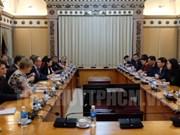 Ciudad Ho Chi Minh aboga por estrechar lazos económicos con Finlandia