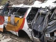 Reportan 11 muertos en grave accidente de tráfico en Filipinas