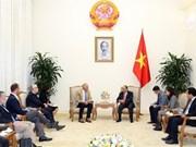 Premier recibe a embajador de turismo de Vietnam