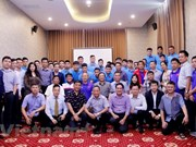 AFF Suzuki Cup: embajador vietnamita en Laos motiva a equipo nacional de fútbol antes de primer partido