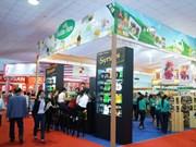 Nutrida asistencia de empresas foráneas a Exposición de Alimentos y Bebidas de Vietnam
