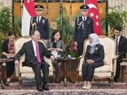 China promete profundizar cooperación con Singapur y seguir abriendo puertas a inversores