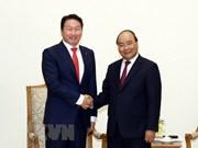 Premier de Vietnam pide a inversores coreanos  expandir sus operaciones en Hanoi