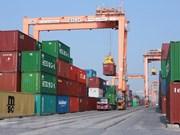 Vietnam debe perfeccionar estrategia para atracción a IED, opina economista nacional