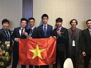 Hanoi honra a estudiantes participantes en Olimpiada de Astronomía y Astrofísica 2018