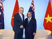 Premier de Vietnam sostiene en Singapur encuentros bilaterales con dirigentes mundiales