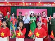 Máximo dirigente político de Vietnam asiste al Festival de Gran Unidad Nacional