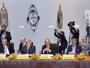 Premier de Vietnam inicia actividades en Cumbre de APEC