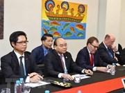 Vietnam dispuesto a escuchar aspiraciones de inversores estadounidenses, sostiene Premier
