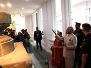 Presidente indio visita Museo de escultura Cham y Santuario My Son
