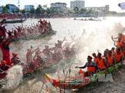 Comunidad de Khmer en Vietnam celebra regata de barcos en festival Ok Om Bok