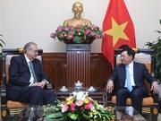 Vicepremier de Vietnam recibe al presidente del Grupo de Visión APEC