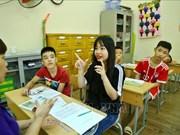 Efectúan en Hanoi carrera a favor de personas con discapacidad visual