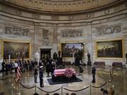 Embajador de Vietnam rinde homenaje al expresidente de Estados Unidos George H.W.Bush