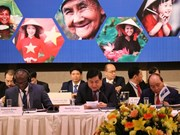 Reforma institucional y fomento de competitividad son llaves para crecimiento económico de Vietnam