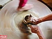 Preservan y promueven valores artísticos de la cerámica tradicional de la etnia Cham en Vietnam