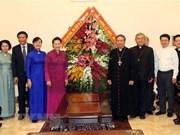 Dirigente parlamentaria de Vietnam felicita a comunidad católica en ocasión de Navidad