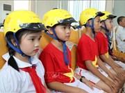 """Evalúan el proyecto """"Cascos para niños"""" en la provincia vietnamita de Gia Lai"""