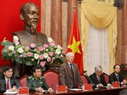 Máximo dirigente político de Vietnam se reúne con patriarcas destacados