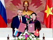 Presidente de Duma Estatal de Rusia concluye visita oficial a Vietnam