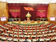 Máximo dirigente de Vietnam llama a tomar labores de personal con cautela