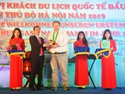 Hanoi recibe al primer turista extranjero de 2019