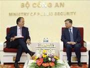 Vietnam aspira recibir más apoyo del Reino Unido en la prevención del crimen