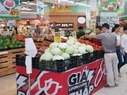 Vietnam refuerza control de precios y gestión de mercado en vísperas de Tet