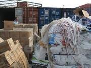 Prohibirá Vietnam importación de materiales de desechos por puertas fronterizas terrestres