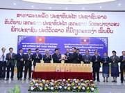 Presentan varios volúmenes en idioma laosiano de Obras Completas de Ho Chi Minh