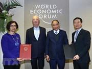 Continúa premier vietnamita desarrollo de amplia agenda en FEM 2019