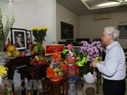 Máximo dirigente de Vietnam rinde tributo al secretario general Nguyen Van Linh
