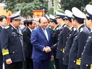 Inspecciona Premier de Vietnam actividades de la armada